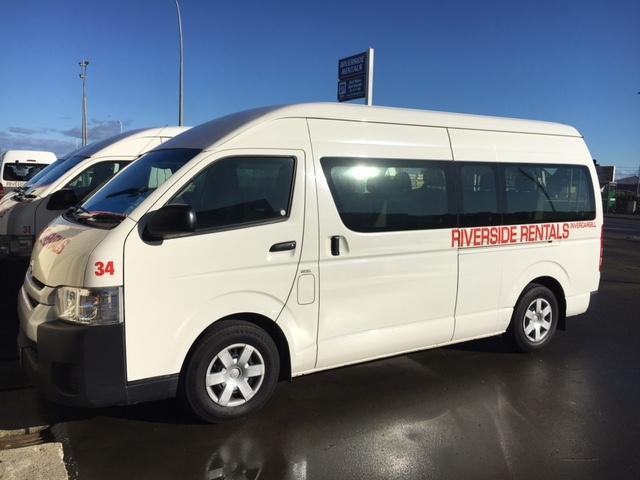 b7c042d7b3 Vans   Minibus